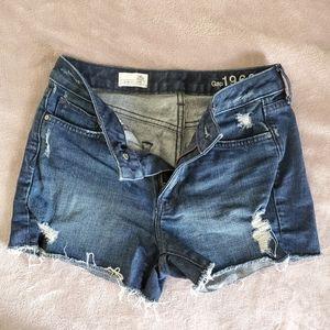 GAP 1969 slim cut-off shorts